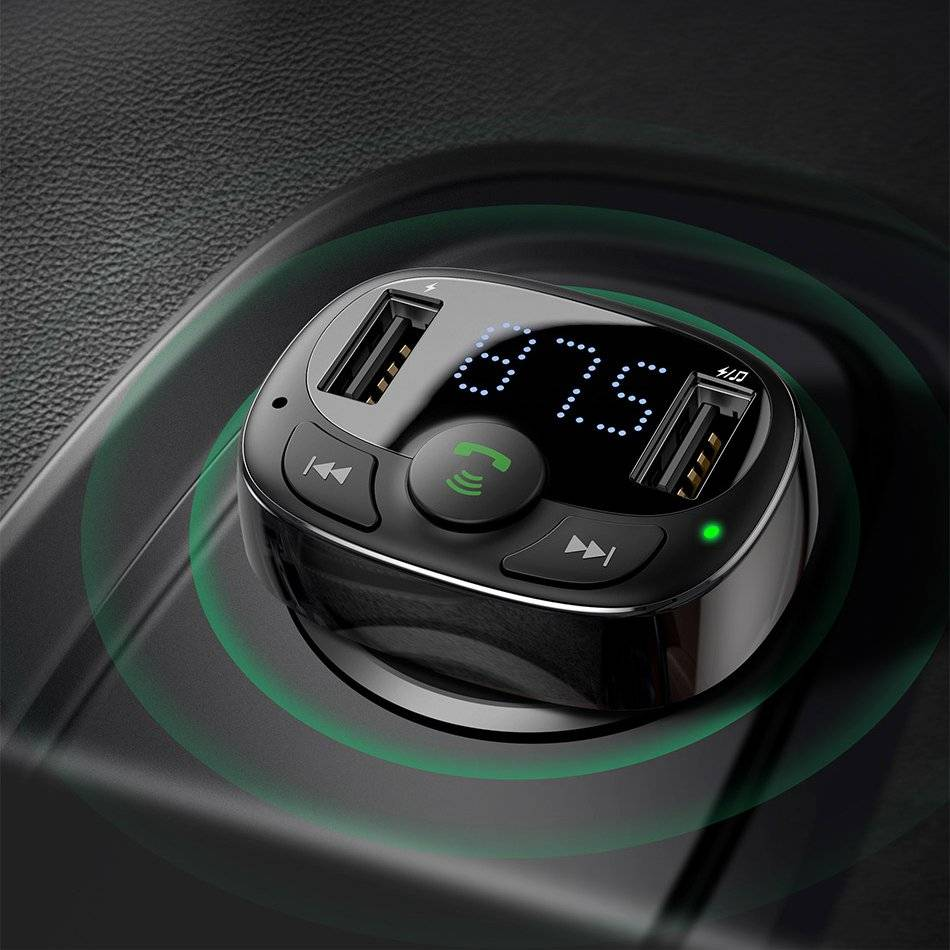 Plastic Car Charger for iPhone
