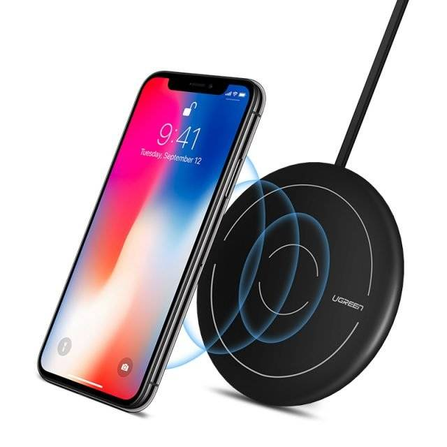 Fast Wireless Charging Pad for Smartphone