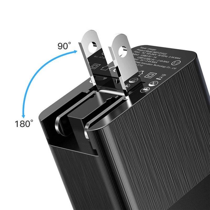 Universal Plug with Three USB Ports