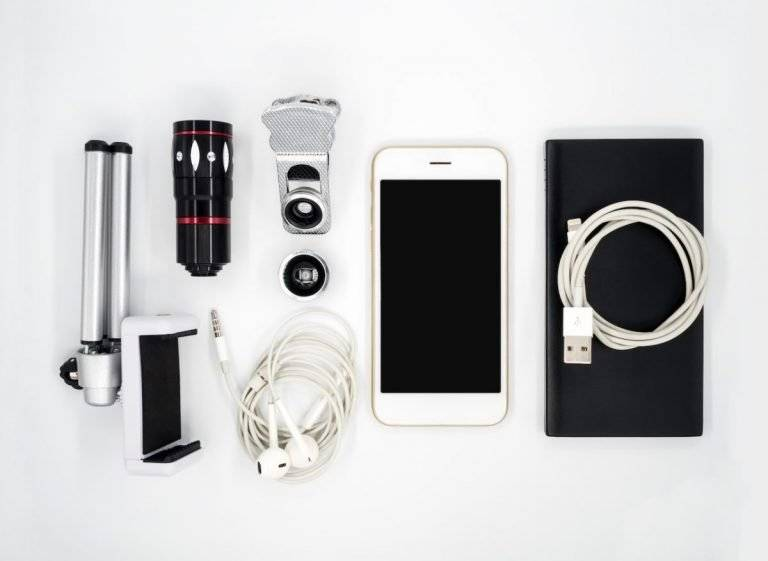 Essential smartphone accessories for you